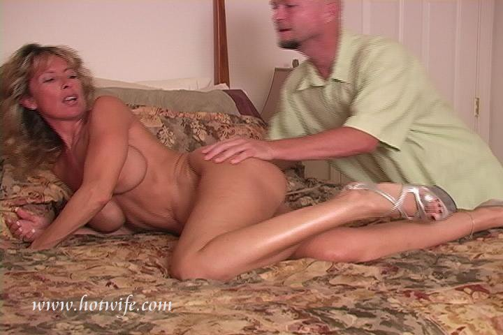 Blonde wife shared amatuer sex